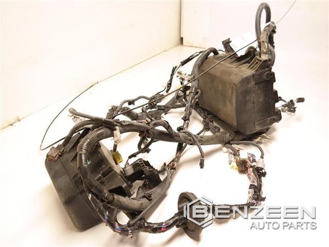 Oem 82111-0cb82 - Used 2016 Toyota Tundra Engine Wire Harness