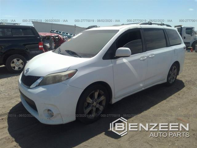 Used 2011 Toyota Sienna Car For Parts Only For Parts