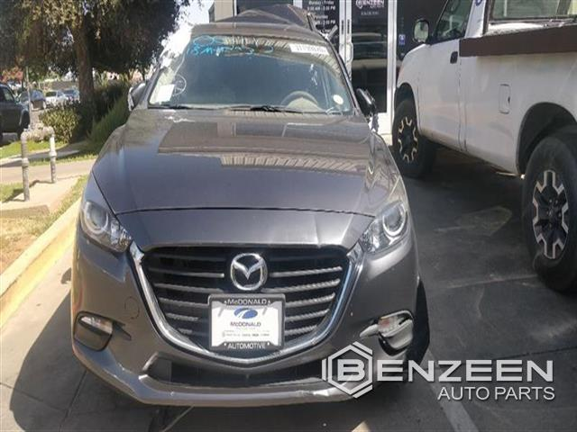 Used 2018 MAZDA Mazda3 Car For Parts Only For Parts