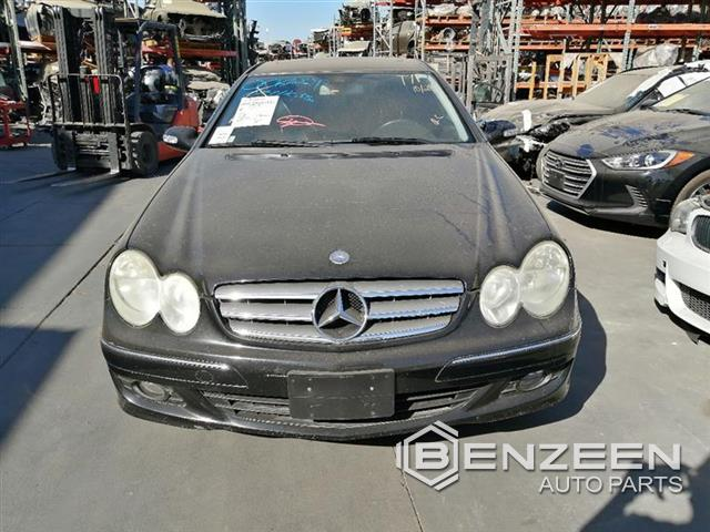 Used 2007 Mercedes-Benz CLK350 Car For Parts Only For Parts